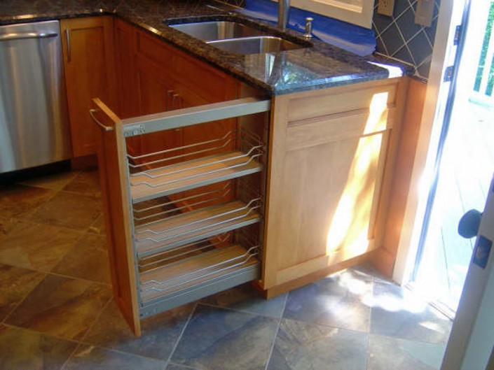 A Traditional stained kitchen rack