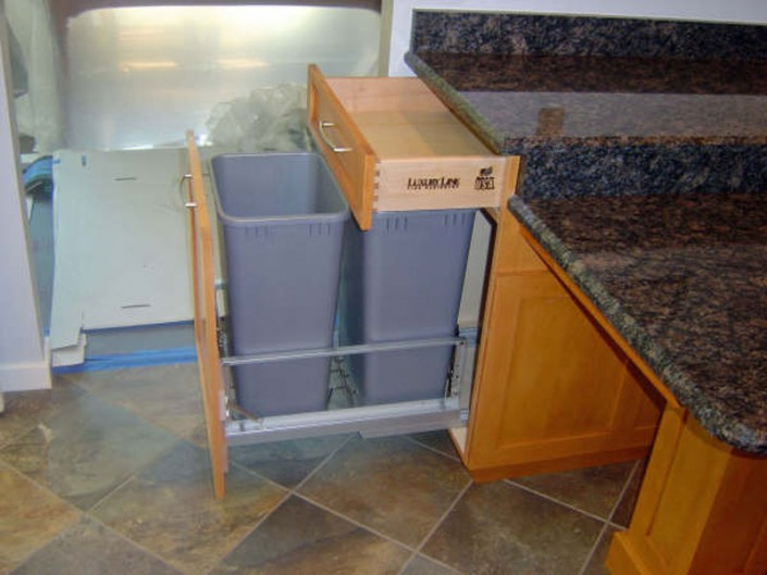 Traditional stained kitchen trash can