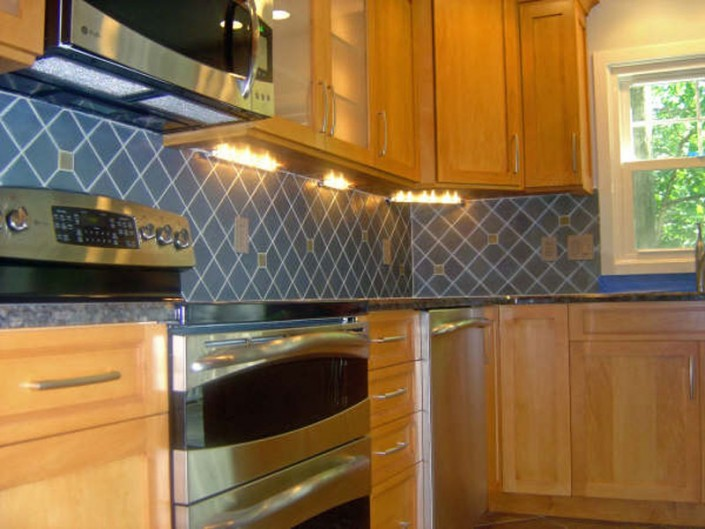 Traditional stained kitchen lights
